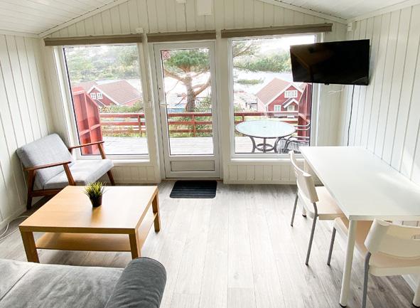 Koselig liten stue med utsikt